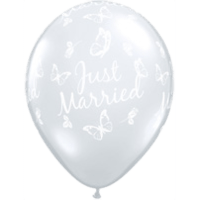 "11"" Diamond Clear Just Married x 25"